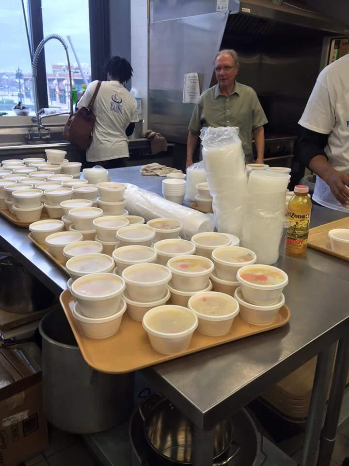 Feed the Homeless Nov2015-2